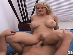 Golden-haired Candy Manson with large marangos and shaved bush kills time dildoing her muff pie for webcam