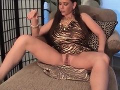 Busty milf in slutty suit pumps her bawdy cleft